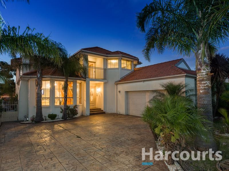 15 Hennessy Way, Dandenong North, Vic 3175