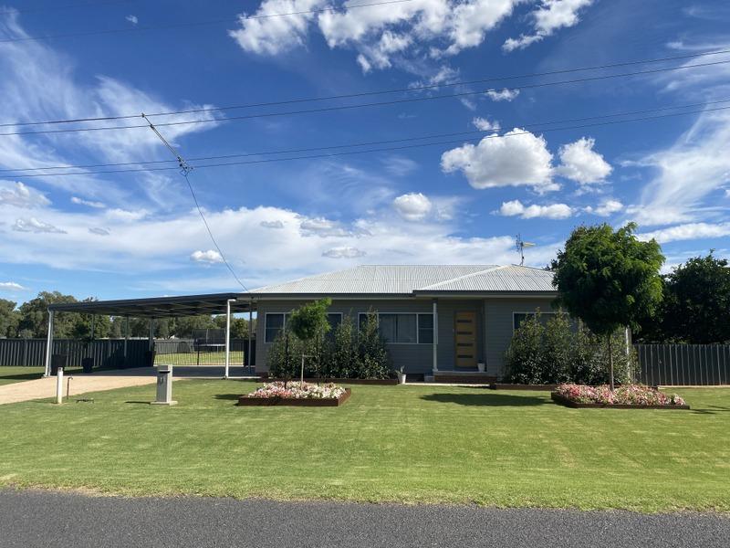 11 Cheney Road, Parkes, NSW 2870
