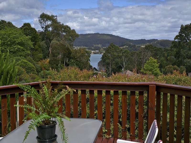 14 Highfield Road, Ambleside, Tas 7310