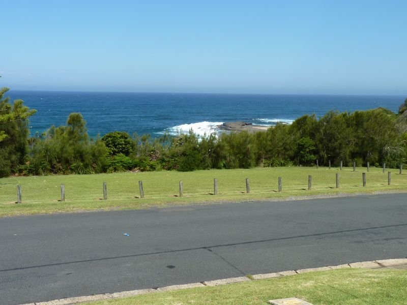 41 Seaside Parade, Dolphin Point, NSW 2539