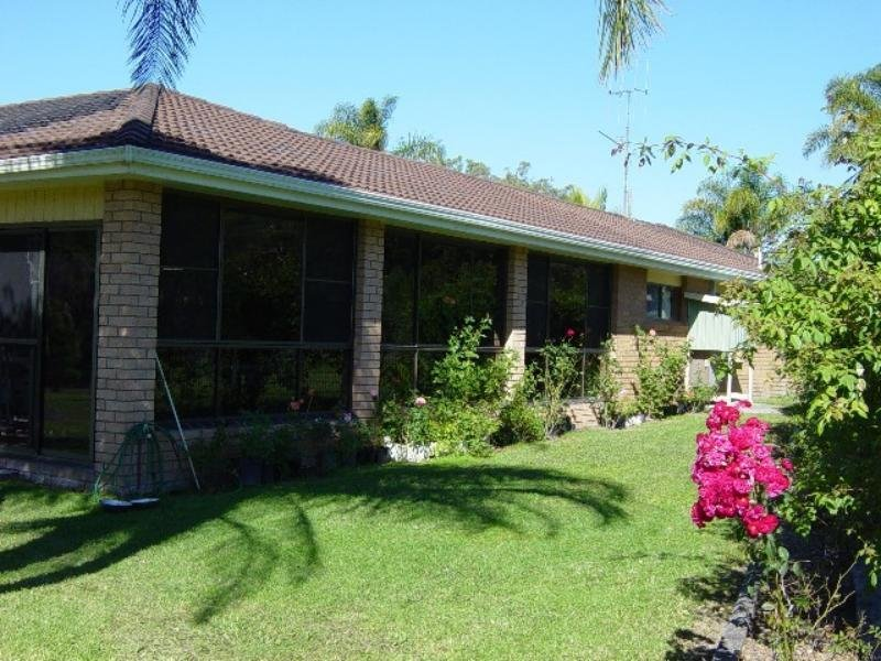 11 Brushy Creek Rd, Coolongolook, NSW 2423