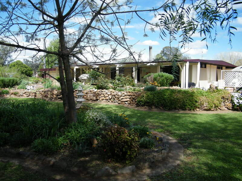 66 Elizabeth Street, Wallabadah, NSW 2343
