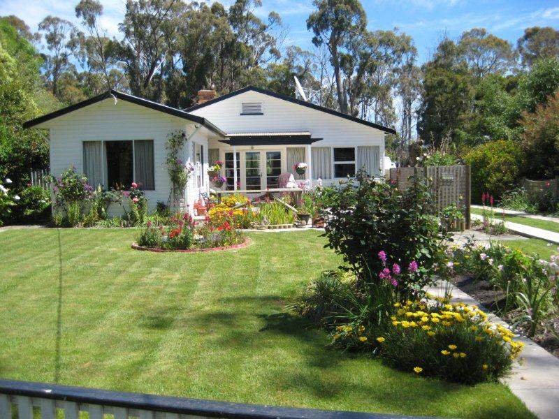 36 Foreshore Road, Swan Point, Tas 7275