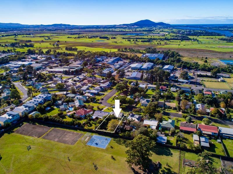 21 Mulgen Crescent, Bomaderry, NSW 2541