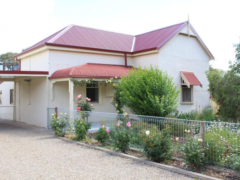 17 Moorhouse Tce, Riverton, SA 5412