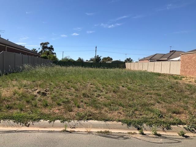 4 Wing Crescent, Mulwala, NSW 2647