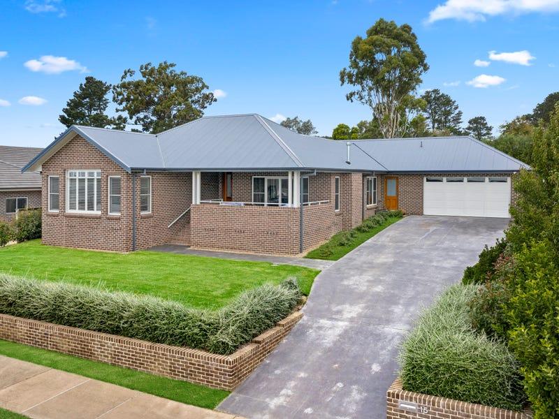 13-15 Garran Avenue, Renwick, NSW 2575