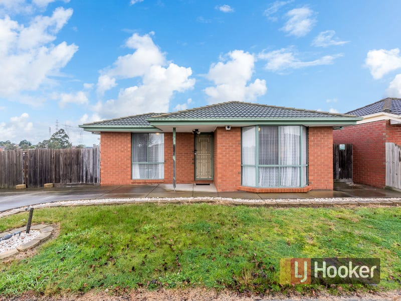 8 Oakman Way, Hampton Park, Vic 3976