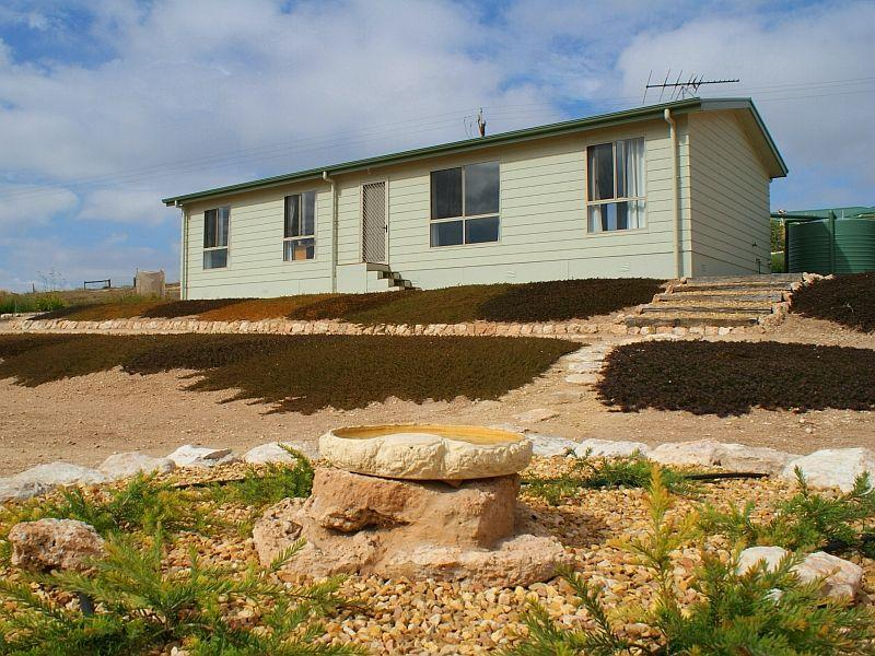 461 The Point Road, Woods Point, SA 5253