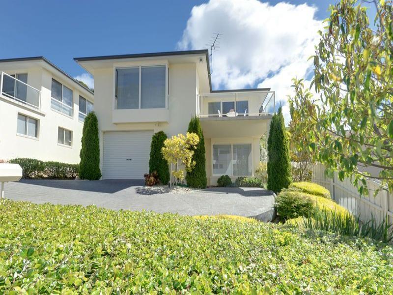1/13 Gardenia Grove, Sandy Bay, Tas 7005