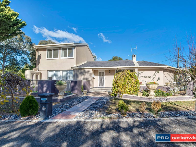 1 Shand Place, Latham, ACT 2615