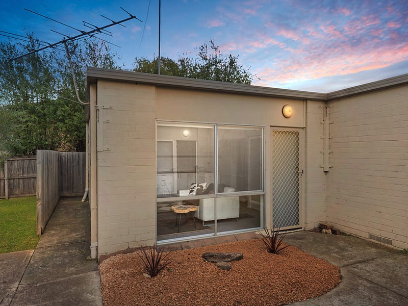 3/54 Cambra Road, Belmont, Vic 3216