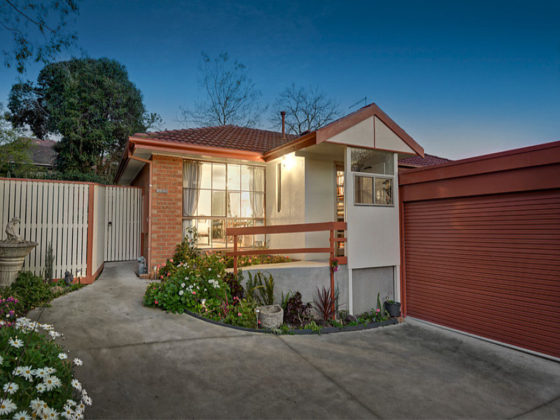 2/26 Burton Crescent, Ivanhoe East, Vic 3079