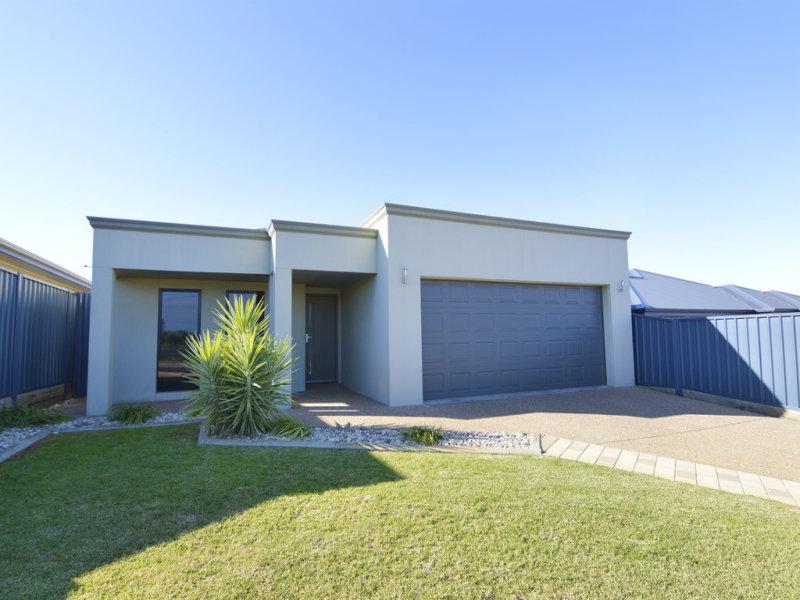 12 Melaleuca Street, Buronga, NSW 2739