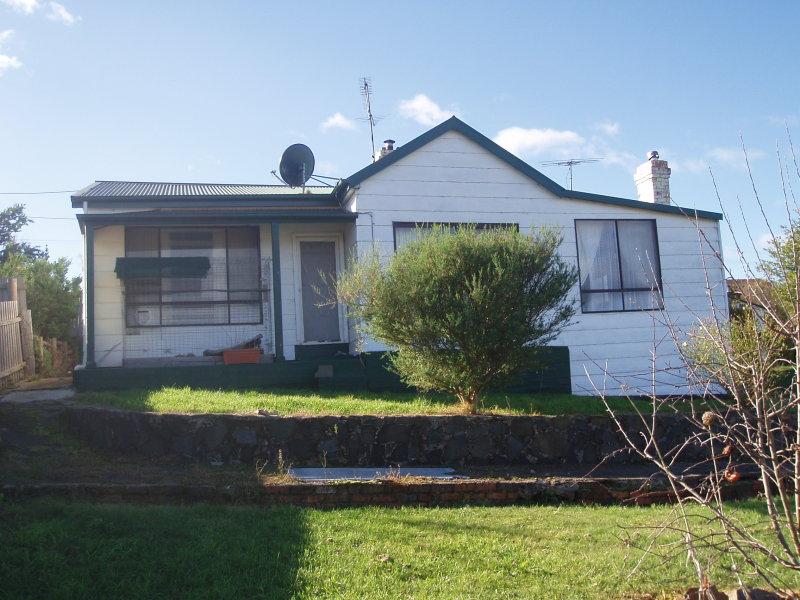 8 Beefeater Street, Deloraine, Tas 7304
