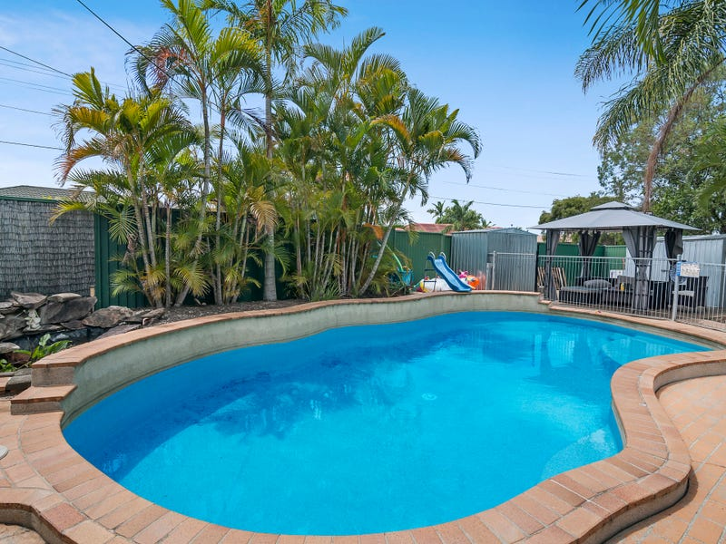 4 Holmes Court, Mount Warren Park, Qld 4207