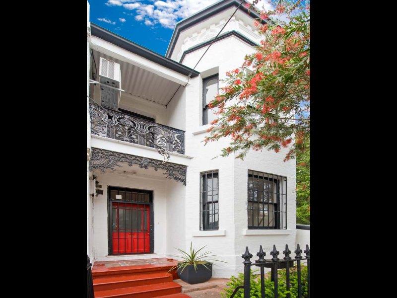 102 Station Street, Newtown, NSW 2042