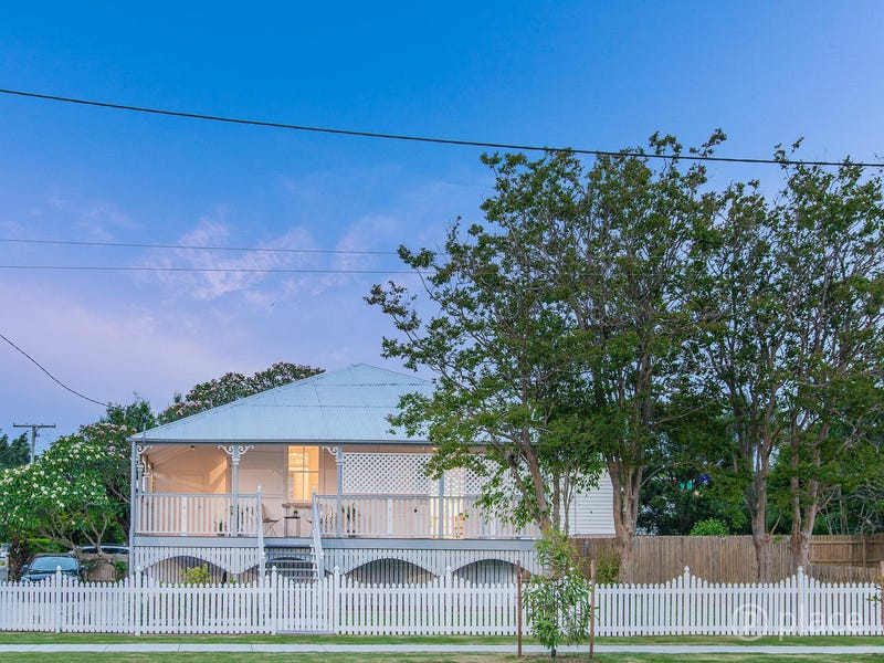 1285 Stanley Street East, Norman Park, Qld 4170