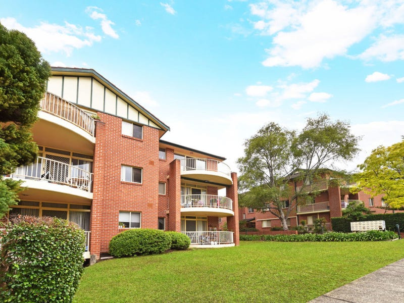 4/2 Bellbrook Avenue, Hornsby, NSW 2077