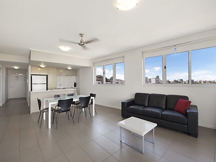 55/2-4 Kingsway Place, Townsville City
