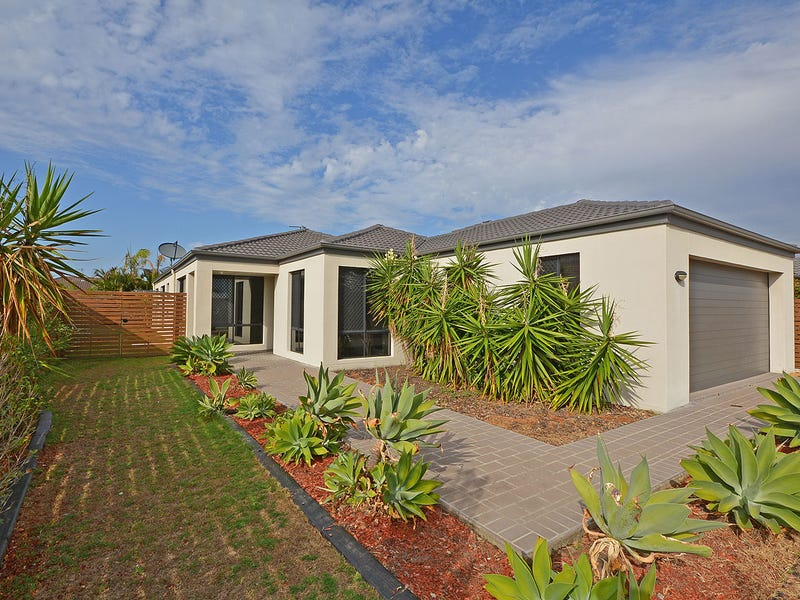 48 Endeavour Way, Eli Waters, Qld 4655