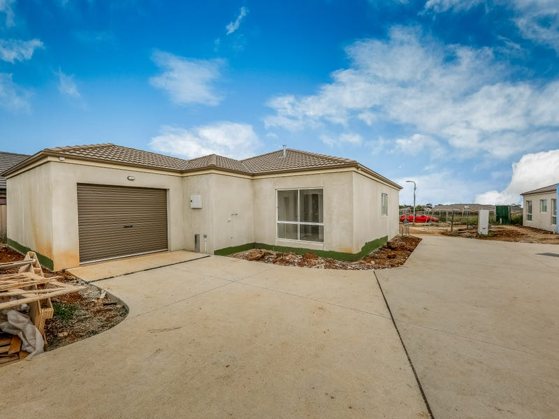 6/10 Reidy Rise, Melton West, Vic 3337