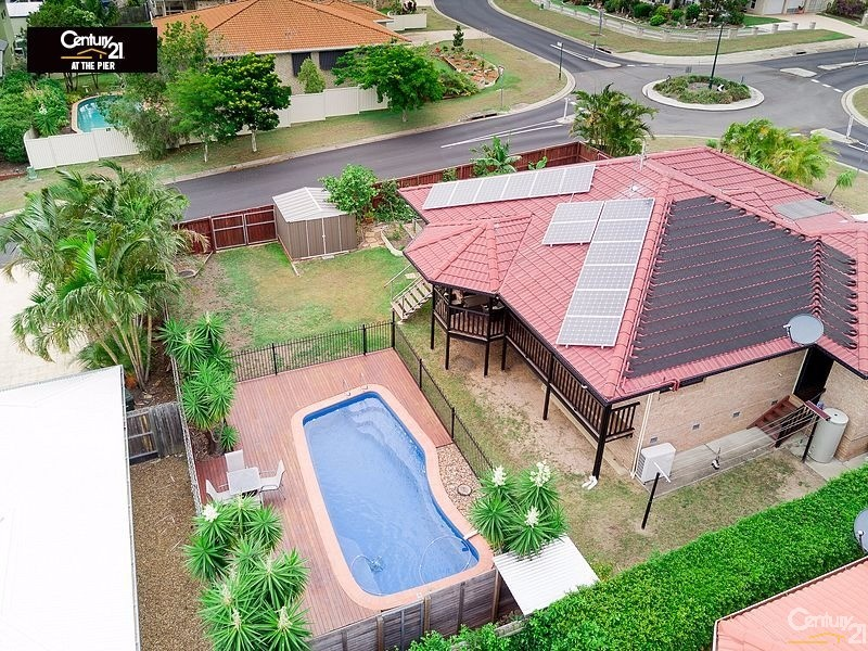 14 MARINEVIEW AVENUE, Scarness, Qld 4655