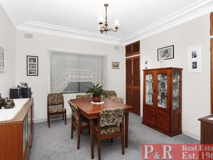 88 Edgbaston Road, Beverly Hills, NSW 2209