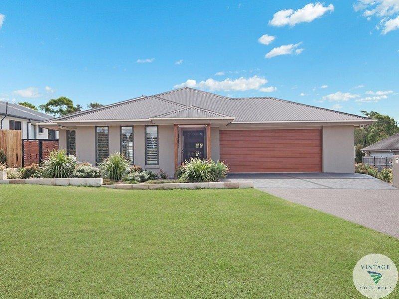 8 Angophora Drive, Rothbury, NSW 2320