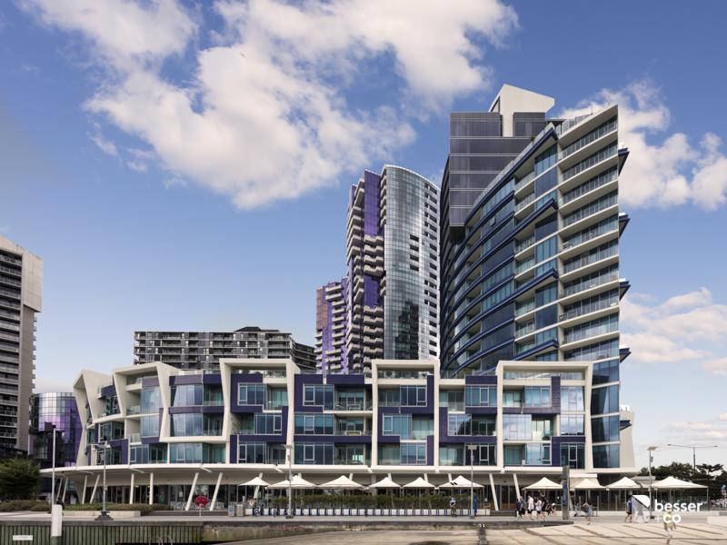 111/2 Newquay Promenade, Docklands, Vic 3008