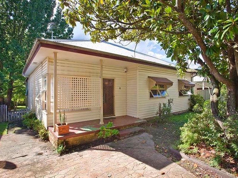 5 Maidens Brush Road, Wyoming, NSW 2250