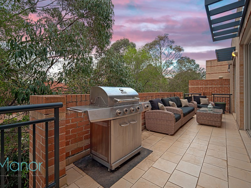 8/2 Conie Avenue, Baulkham Hills, NSW 2153