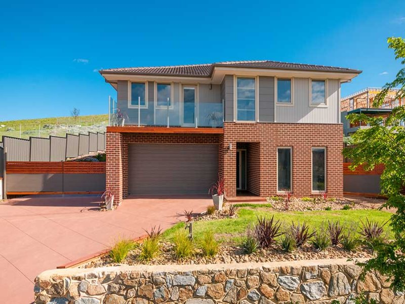 18 Silvan Terrace, Greenvale, Vic 3059