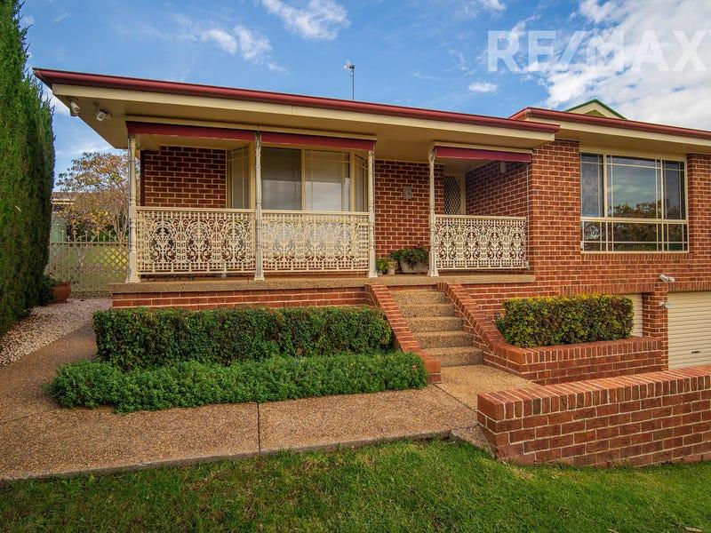 7 Ellwood Close, Bourkelands, NSW 2650