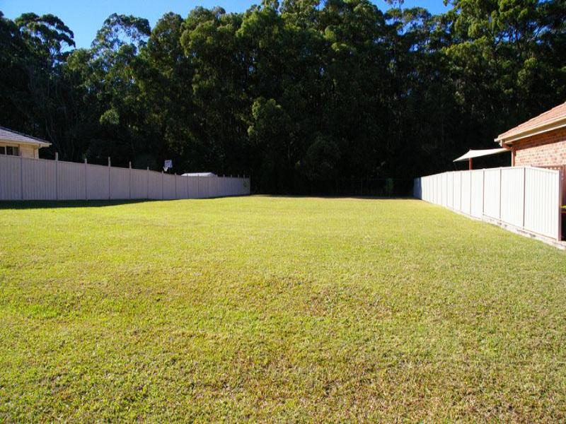 3 Baywood Dr, Hallidays Point, NSW 2430