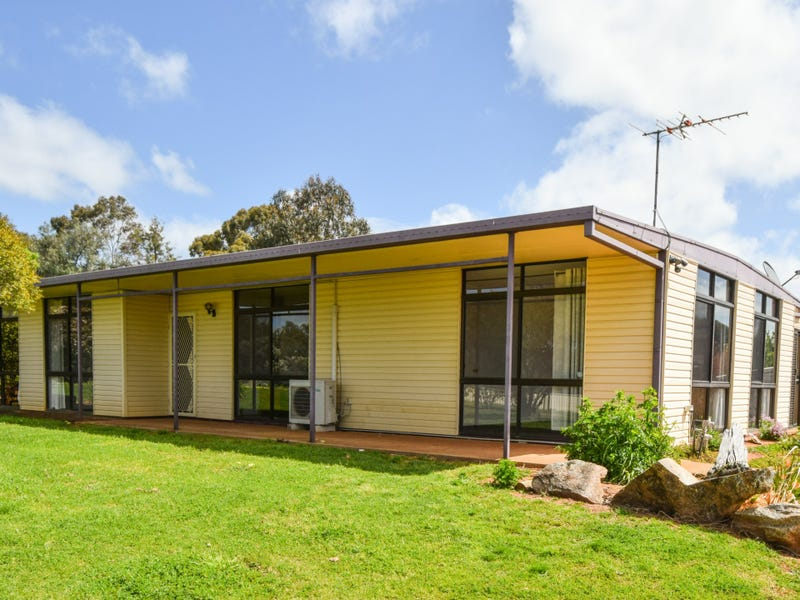 88 Willawong Street, Young, NSW 2594