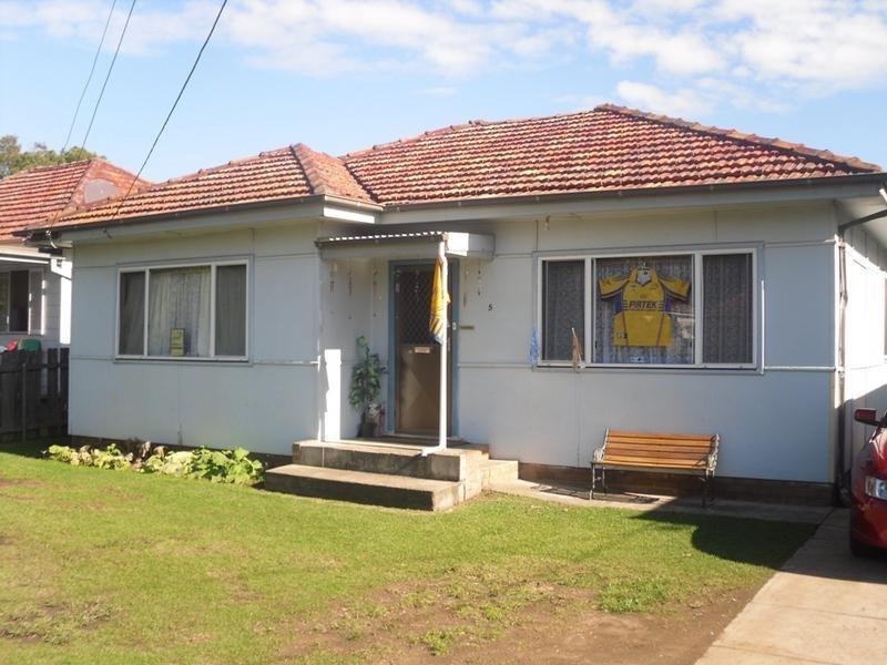 5 Fowler Road, Merrylands West, NSW 2160