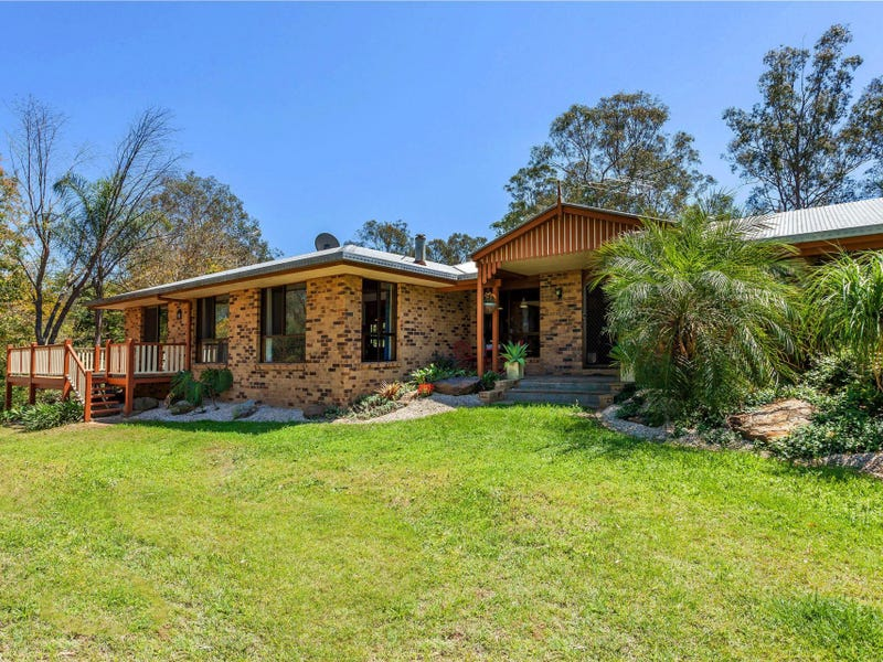 274 Willaura Drive, Mount Hallen, Qld 4312