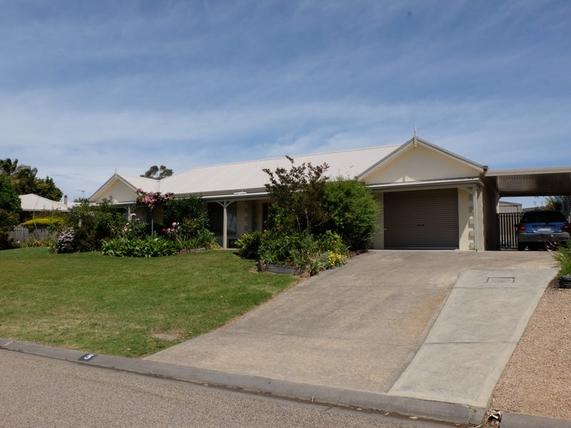 5 Morkham Court, Lakes Entrance, Vic 3909