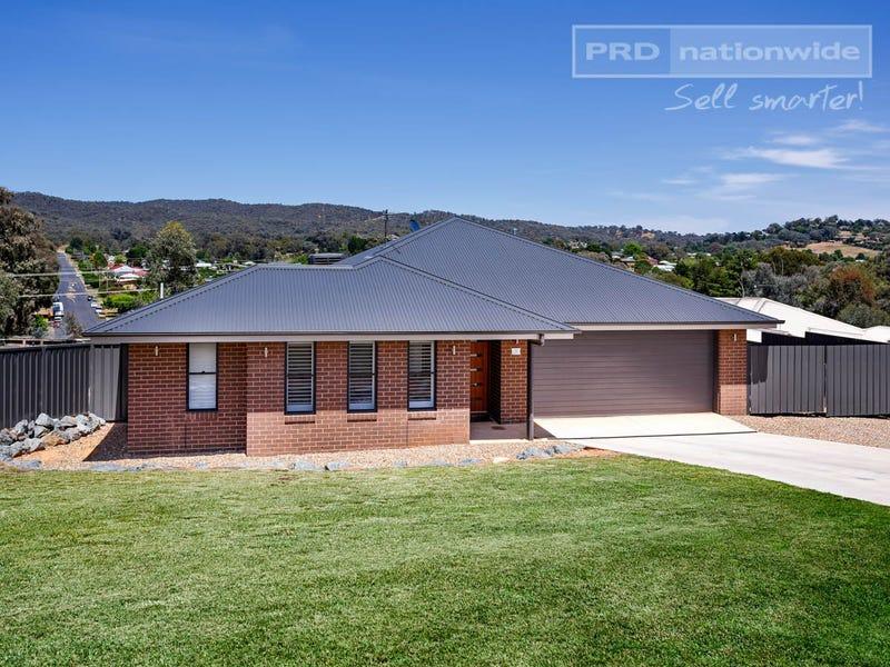 9 Murphy Place, Tumut, NSW 2720