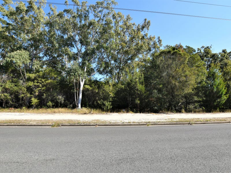 182 Centre Rd, Russell Island, Qld 4184