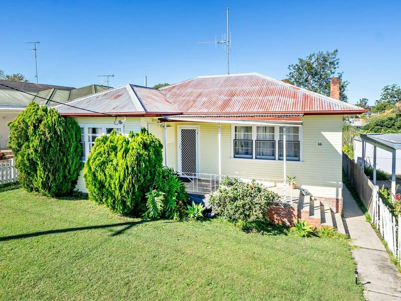 16 Richardson Street, Taree, NSW 2430