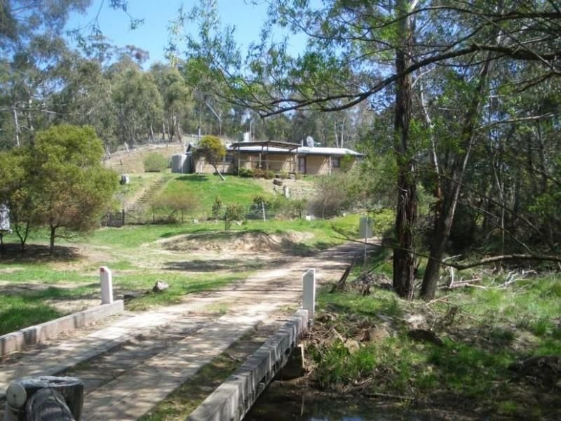 25 Gallaghers Access Road, Swifts Creek, Vic 3896