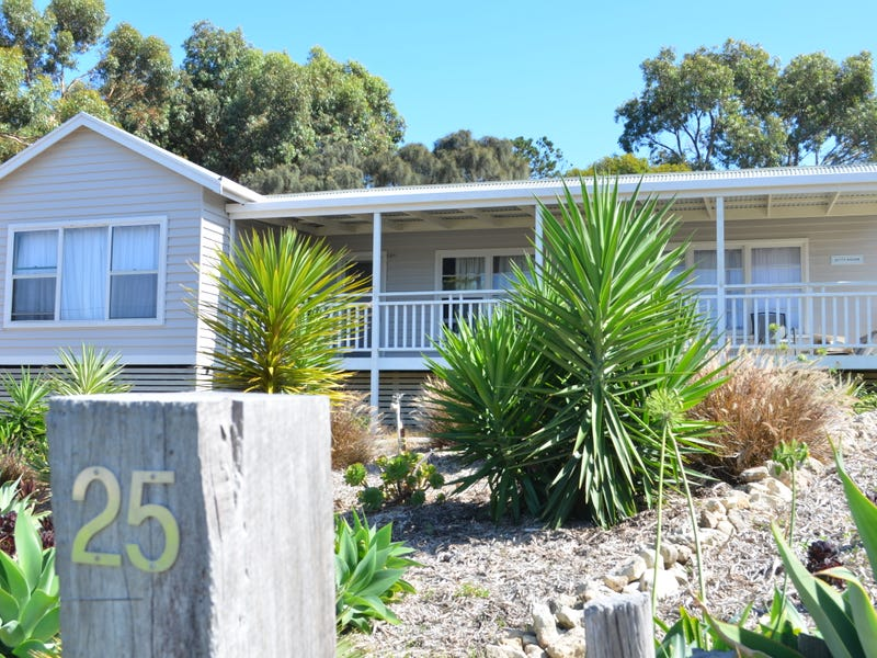 25 Main Road, Robe, SA 5276