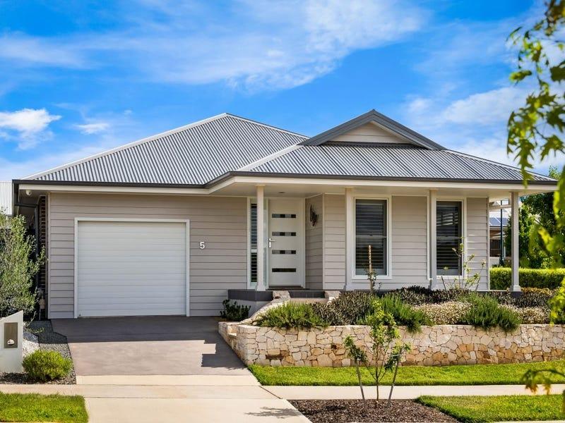 5 Wallis Avenue, Renwick, NSW 2575