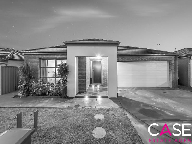 19 Stark Circuit, Cranbourne East, Vic 3977