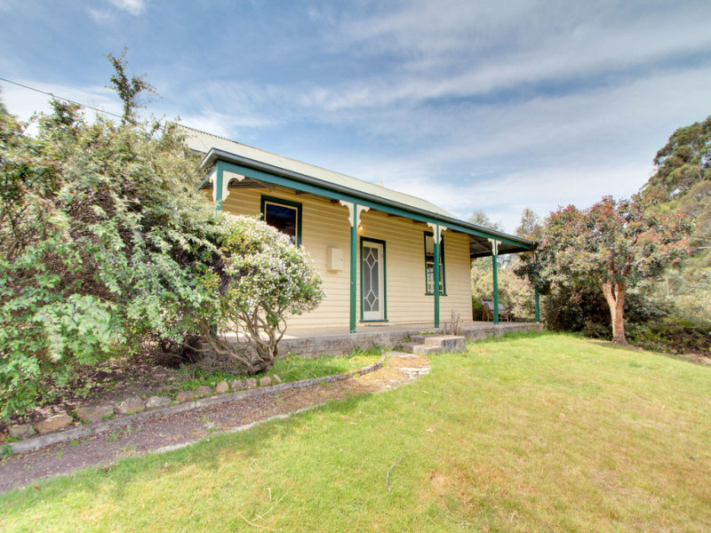 148 Cygnet Coast Road, Lymington, Tas 7109
