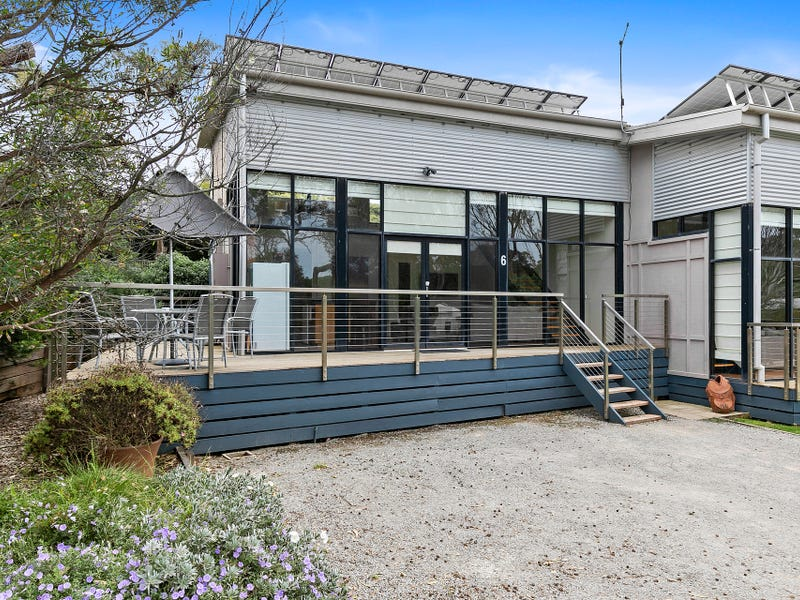7/2-4 Barton Court, Aireys Inlet, Vic 3231