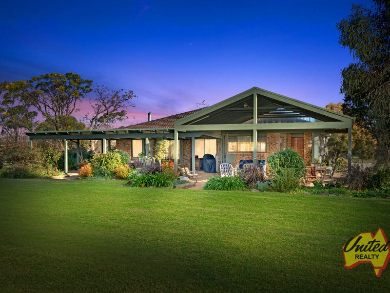 645 Mount Hercules Road, Razorback, NSW 2571