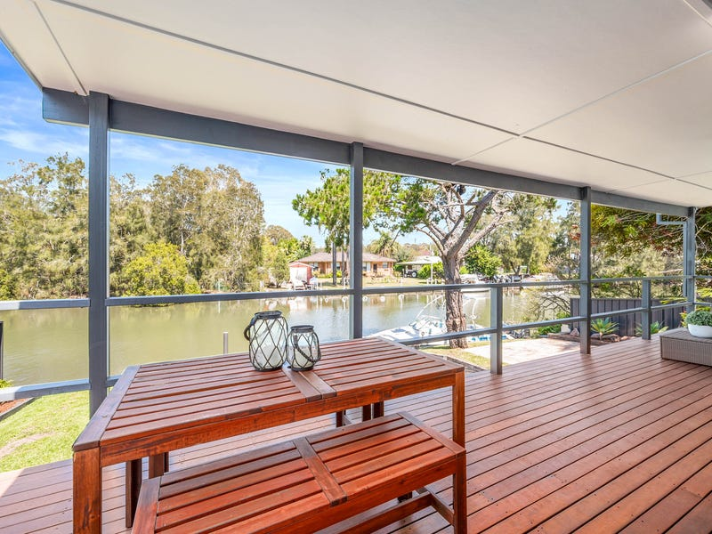 68 Macquarie Road, Fennell Bay, NSW 2283